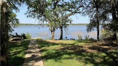 470 Lakeside Drive Photo #14