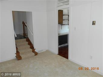 180 LAUREL DR Photo #10