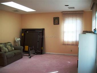 27198 Scotland Parkway Photo #36