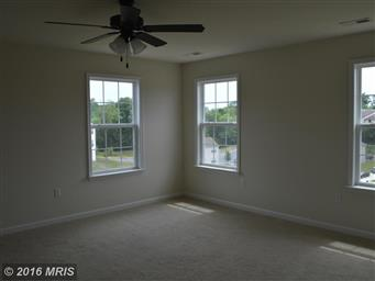 207 KANTER DR Photo #20