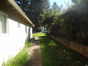 1640 Glenwood Drive Photo #5