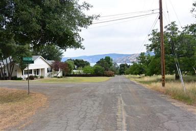 3715 Lake View Estates Drive Photo #2