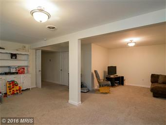 15421 Clear Spring Road Photo #25
