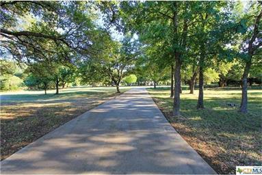 1341 E Creekview Drive Photo #3
