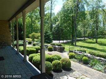 16261 River Bend Court Photo #5