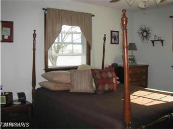 73 Yeager Drive Photo #15