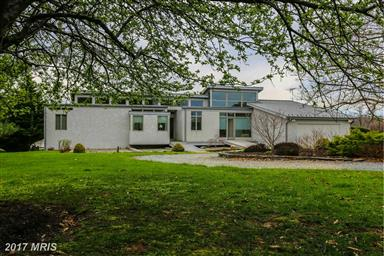 9784 White Swan Court Photo #11