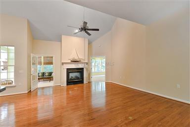 12 Cape May Place Photo #17