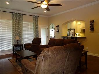 137 Countrywood Drive Photo #8