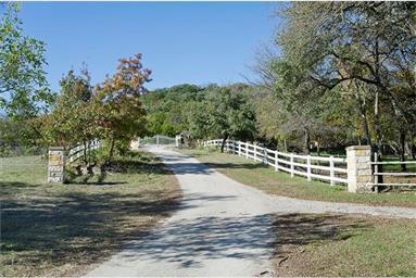 999 County Road 4807 Photo #3