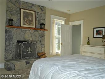 580 COLBY LN Photo #15