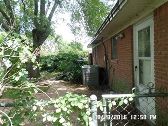 2901 Lindale Street Photo #23