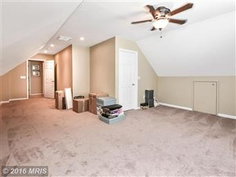 3906 Lakeview Parkway Photo #24