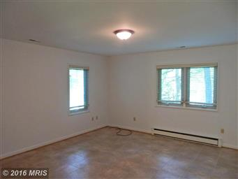 3802 Lakeview Parkway Photo #13