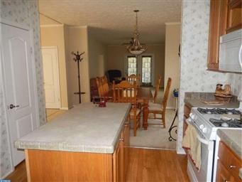 54 BUTTERCUP CT Photo #11