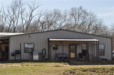 676 Farm Road 2653 N Photo #1