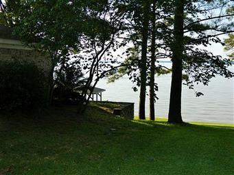 754 Shoreline Drive Photo #6