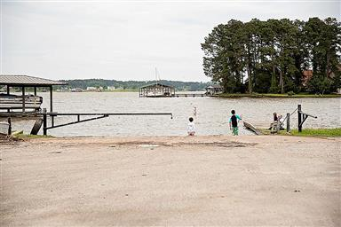 178 Lakefront Drive Photo #23
