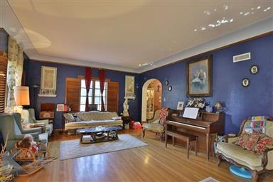 2142 Idlewild Street Photo #10