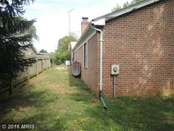 105 Meadowbrook Drive Photo #5