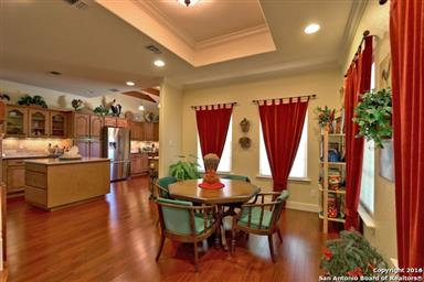 1833 Foothills Drive Photo #7