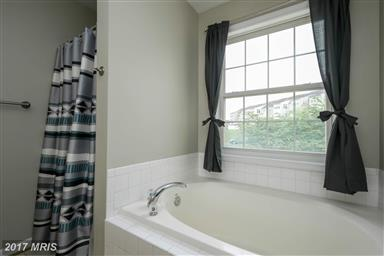 10337 Bridle Court Photo #20