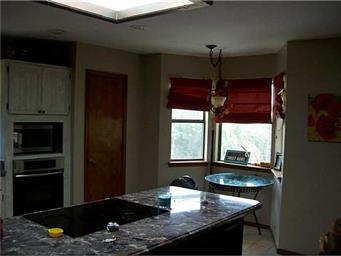 5512 Amberwood Place Photo #12