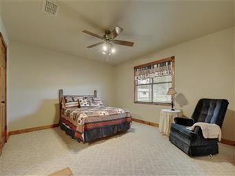 1104 Hill Circle West Photo #21