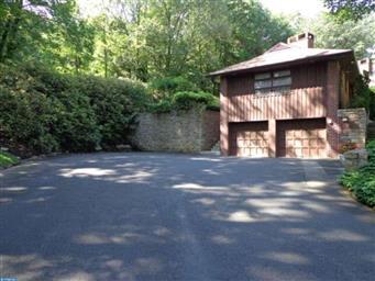 1411 Oak Road Photo #2