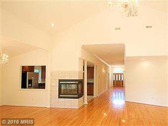 603 Lakeview Parkway Photo #20