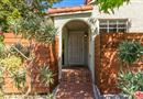 2302 S Holt Avenue, Los Angeles, CA 90034