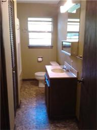 216 Whispering Pines Dr Photo #9