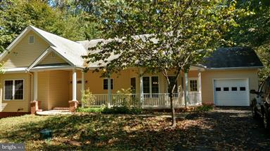 704 Monticello Circle Photo #1