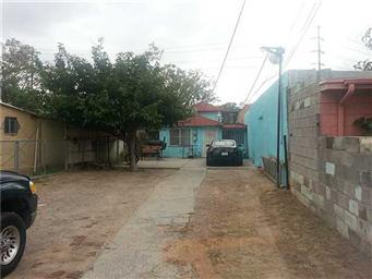 2923 E San Antonio Avenue Photo #2