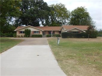6136 Texas Highway 154 S Photo #1