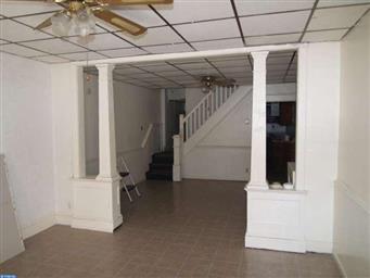 103 W Rowe Street Photo #2