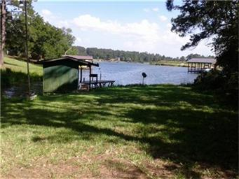 216 Whispering Pines Dr Photo #1
