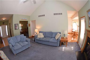 425 Mannering Drive Photo #12
