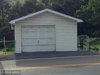 10033 Parkersburg Road NW Photo #15