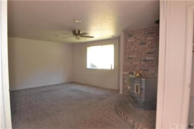 3655 FOOTHILL DR Photo #35