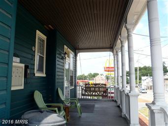 323 E King Street Photo #3