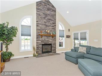 13728 Clear Spring Road Photo #14