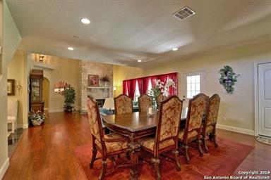 1833 Foothills Drive Photo #8