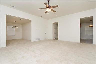 2401 Griffin Drive Photo #9