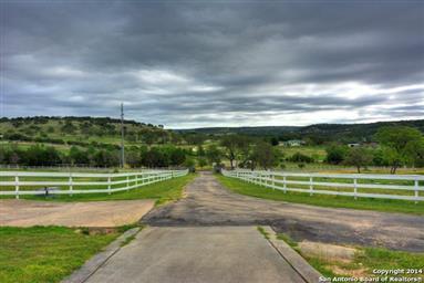128 Nimitz Drive Photo #3