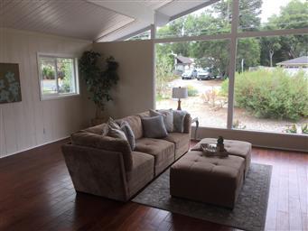 6175 Brookdale Drive Photo #4