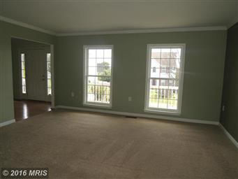 512 Larkspur Lane Photo #8