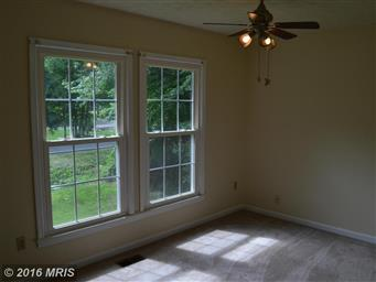 1442 Lakeview Parkway Photo #19