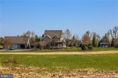 13735 Eagles Nest Farm Lane Photo #1