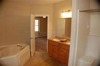 114 Holly Hill Court Photo #11